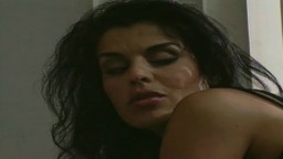 Un vídeo antiguo con la beurette francesa Dalila - Película porno