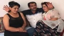 Escenas con mujeres turcas guarras - Vídeo porno