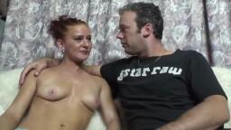 La amateur holandesa Vicky intenta una experiencia en el porno - Vídeo porno hd