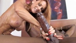 Janet Mason nunca olvidará esta polla negra gigante - Vídeo porno hd