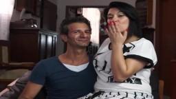 Una pareja italiana se vuelve loca ante la cámara