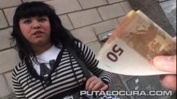 Por 100 euros esta española acepta follar con un desconocido