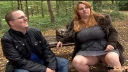 Angie es una encantadora mujer francesa con curvas a la que le gusta que le den por el culo